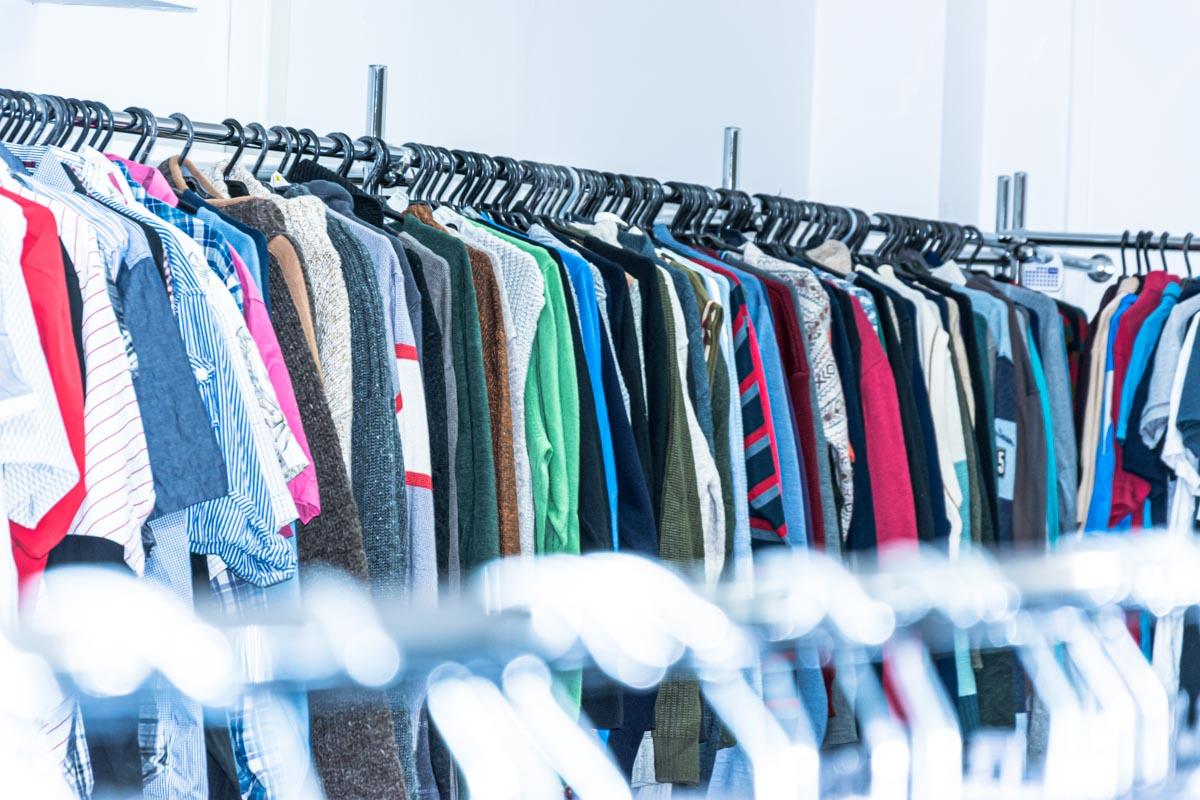 Odzież używana retro sklep Warszawska (11)